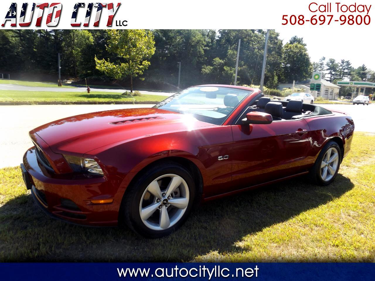 Ford Mustang GT convertible 2014