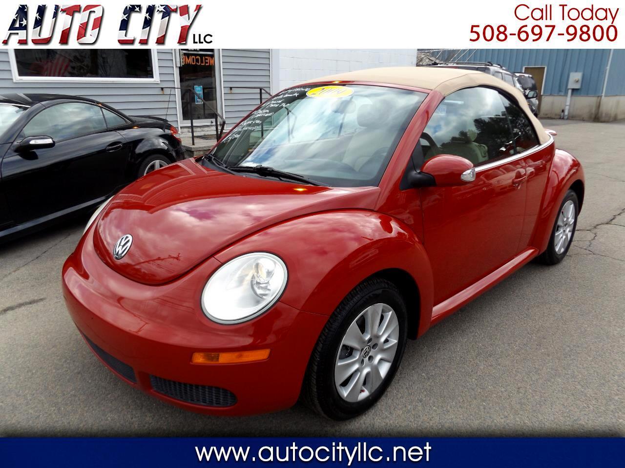 Volkswagen New Beetle S Convertible 2009