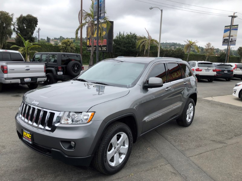 Jeep Grand Cherokee Laredo 2WD 2012