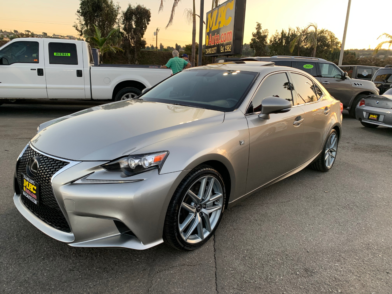 Lexus IS 350 RWD 2015