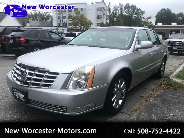 2011 Cadillac DTS 4dr Sdn Luxury II