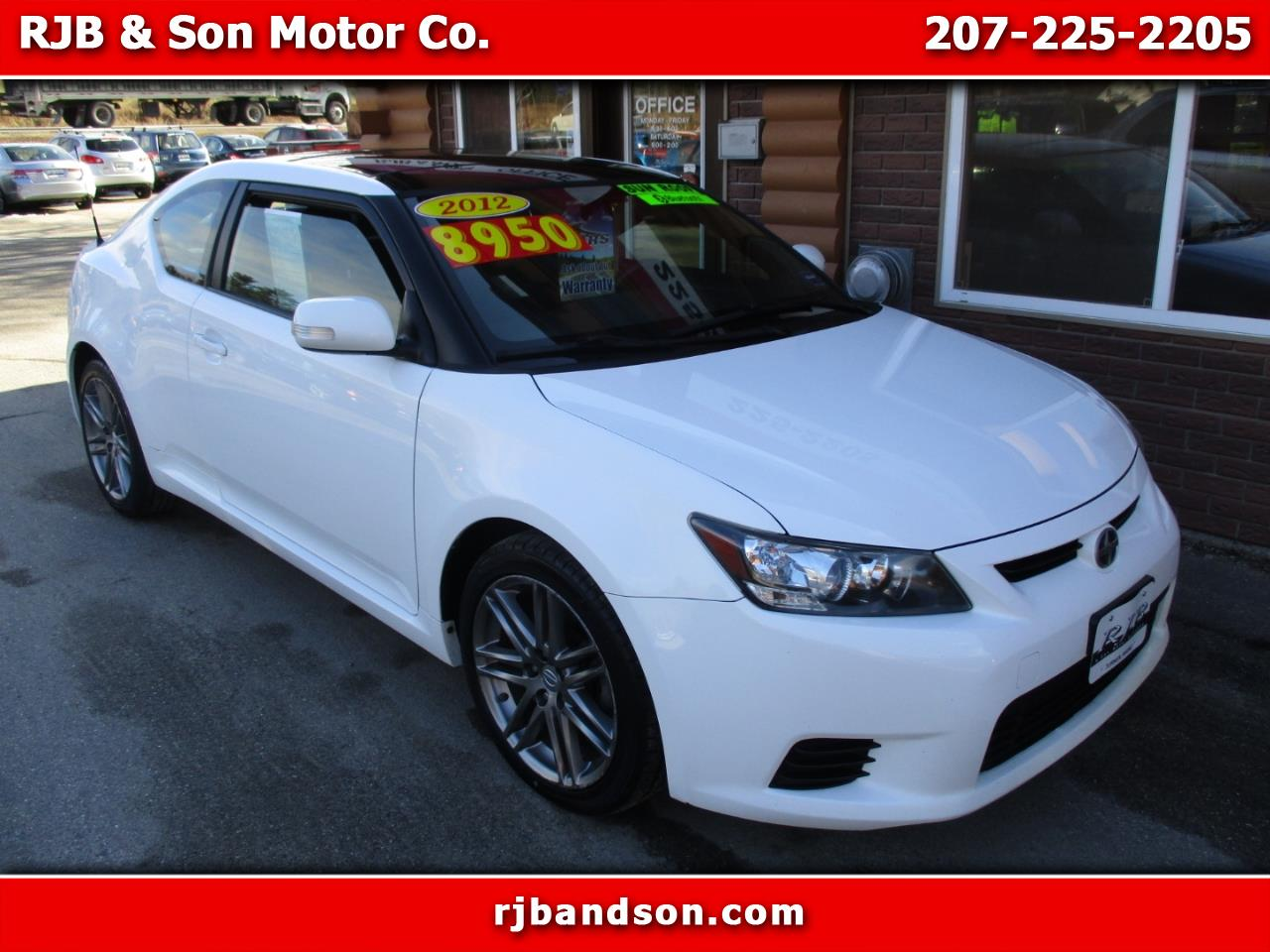Scion tC Sports Coupe 6-Spd AT 2012