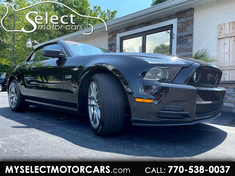 Ford Mustang GT convertible 2013