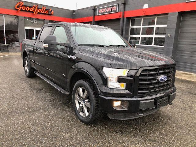 Ford 150 XLT SuperCrew 6.5-ft. Bed 4WD 2016