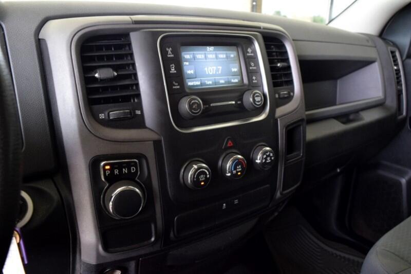 RAM 1500 Tradesman Quad Cab 2WD 2014