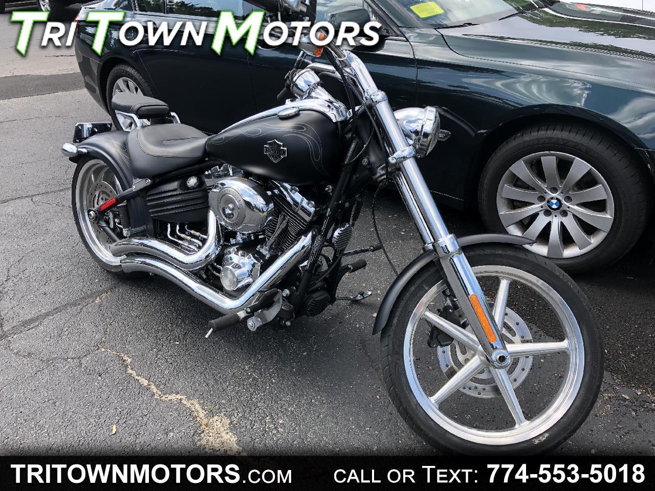 Harley-Davidson FXCWC  2011