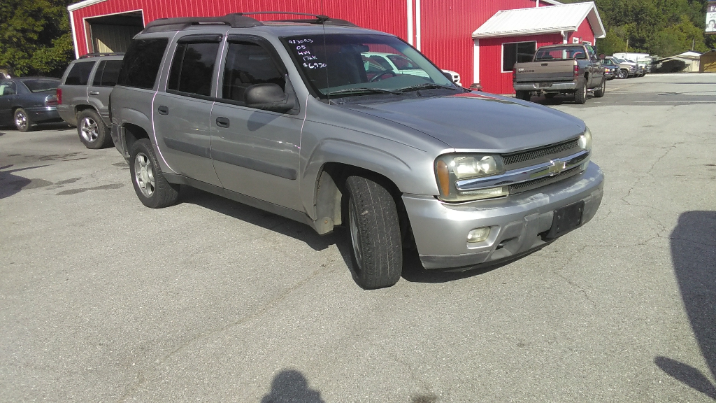 2003 Chevrolet TrailBlazer LTZ 4WD
