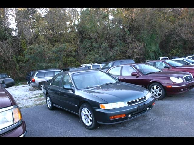 1996 Honda Accord DX sedan