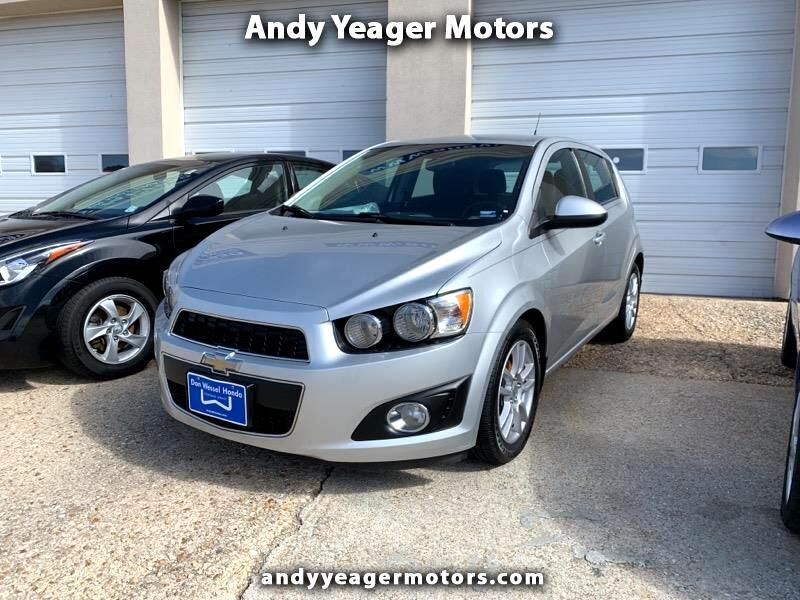 Chevrolet Sonic 2LT 5-Door 2012