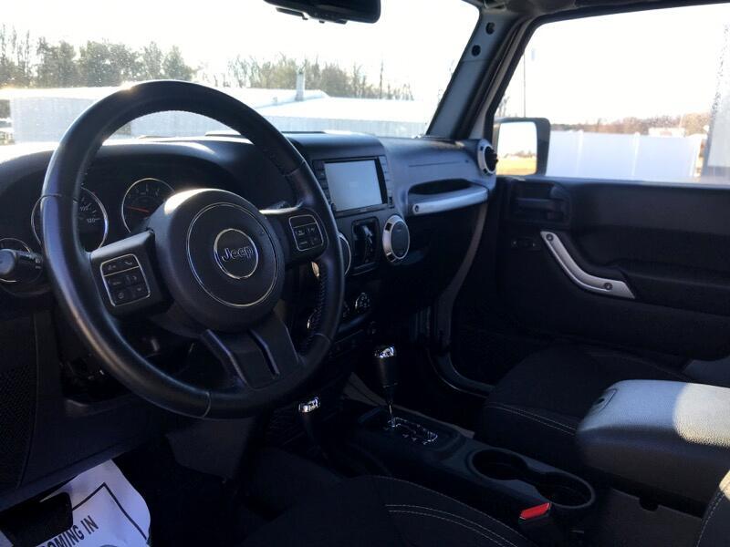 2015 Jeep Wrangler 4WD 4dr Sahara