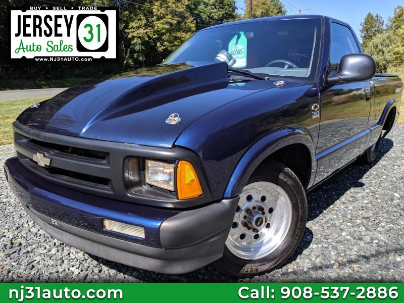 1995 Chevrolet S10 Pickup Reg. Cab Short Bed 2WD