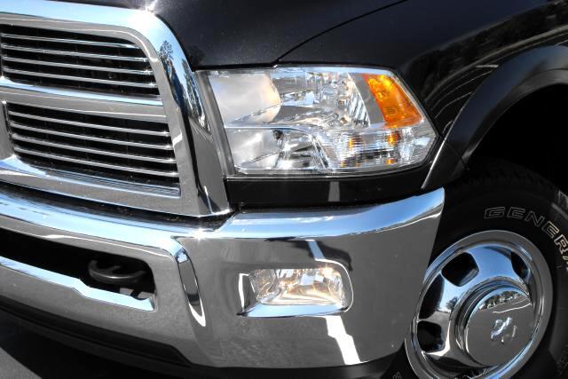 2010 Dodge Ram 3500 Laramie Crew Cab SWB 4WD DRW