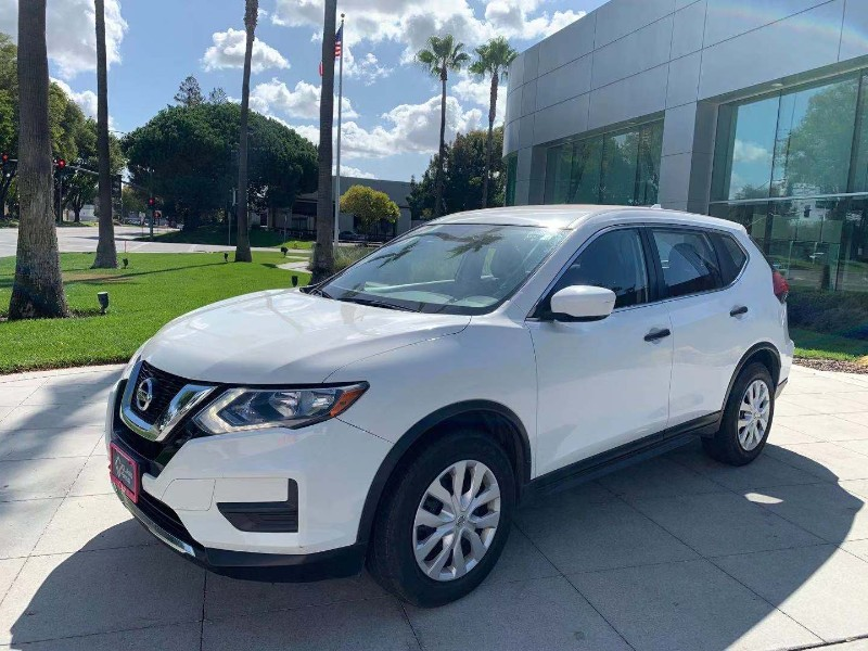 2017 Nissan Rogue FWD 4dr S