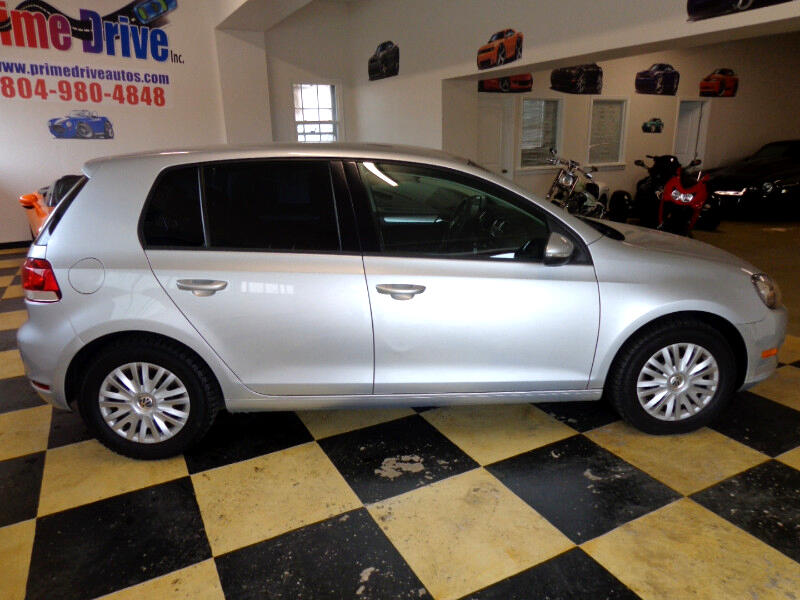 2011 Volkswagen Golf 2.5L 4-Door