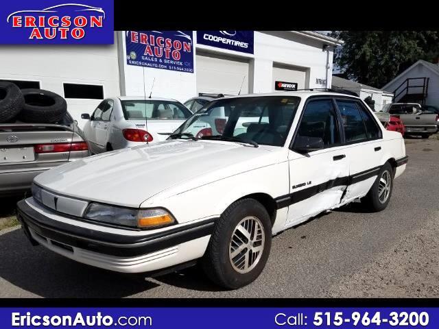 1991 Pontiac Sunbird LE Sedan