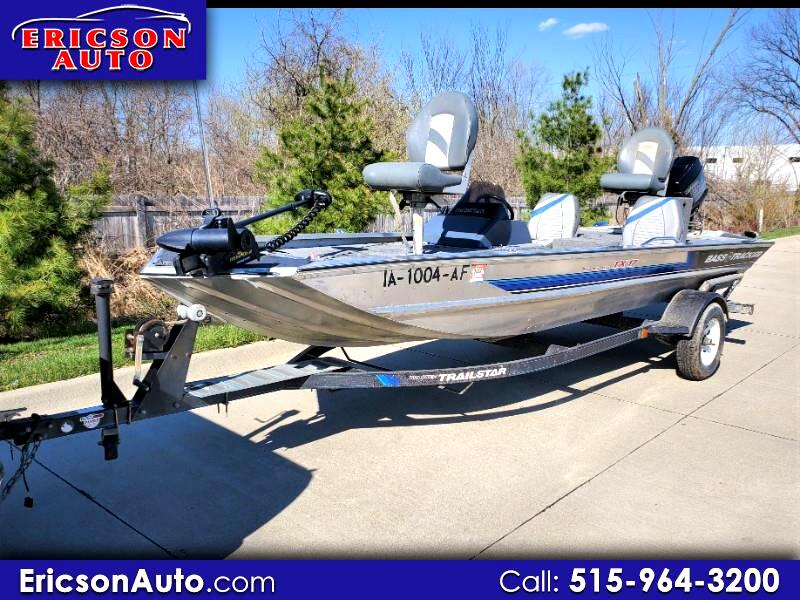 Bass Tracker Bass Boat  1992