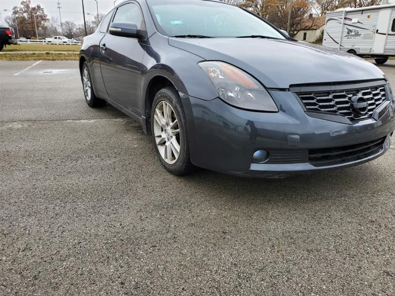 Nissan Altima 3.5 SE Coupe 2008