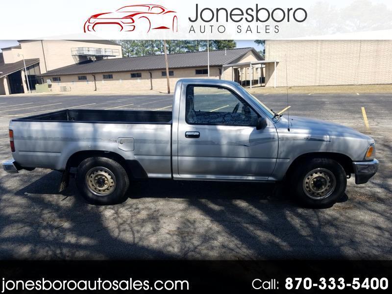 1991 Toyota Pickup DLX Reg. Cab 2WD