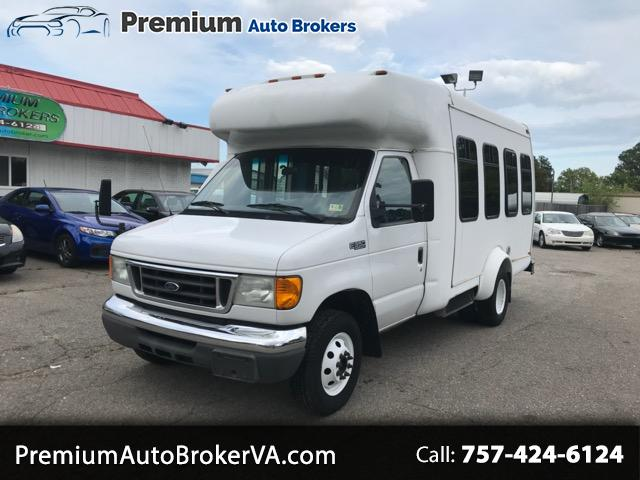 Ford Econoline E-350 Super Duty 2005