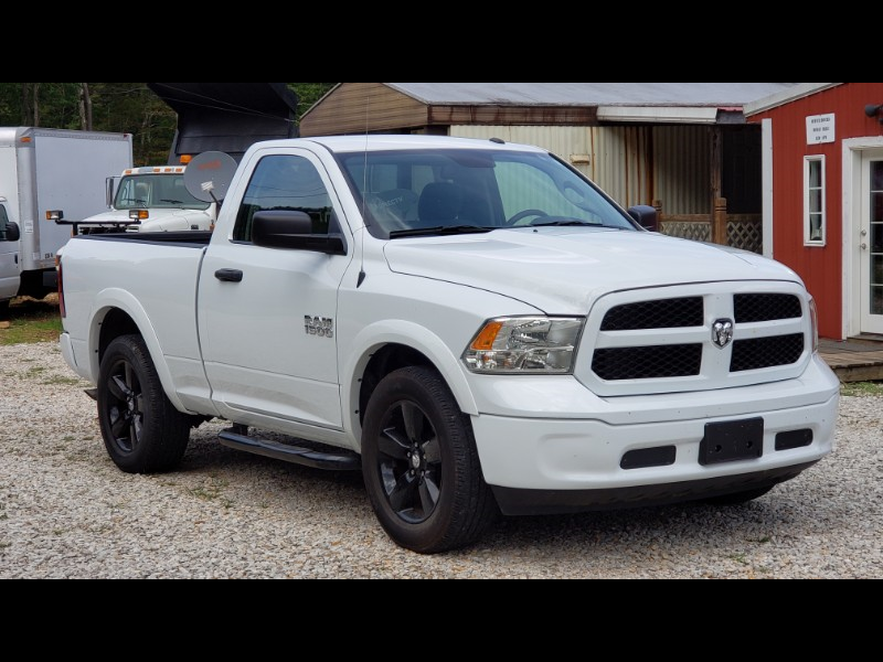 RAM 1500 Tradesman Regular Cab SWB 2WD 2018