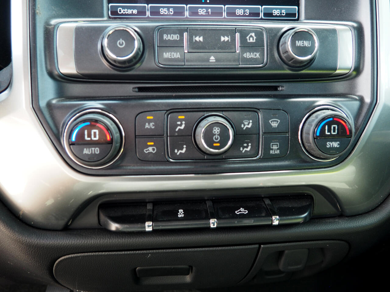 2016 Chevrolet SILVERADO 4WD Double Cab 143.5