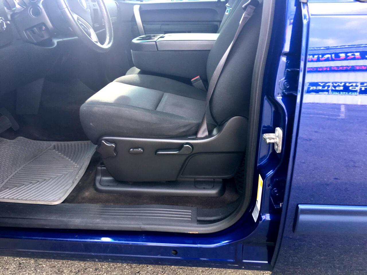 2013 Chevrolet SILVERADO 4WD Crew Cab 143.5