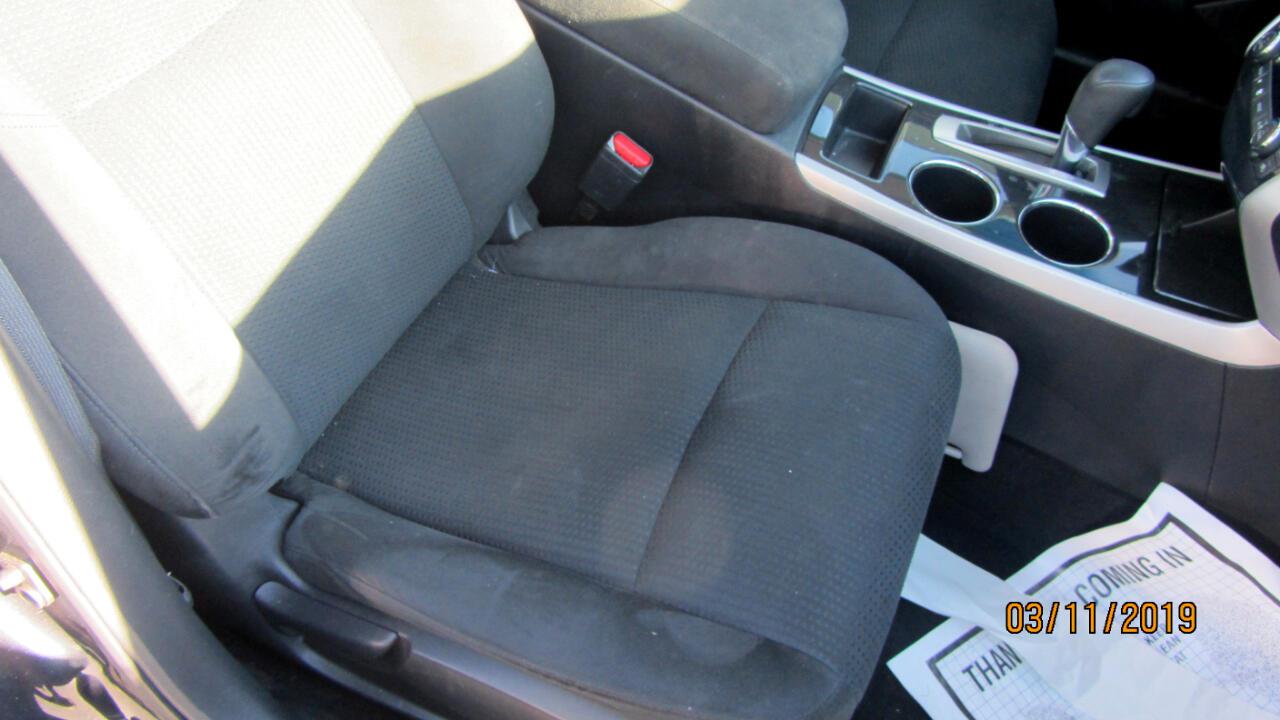 2014 Nissan Altima 4dr Sdn I4 2.5 SV