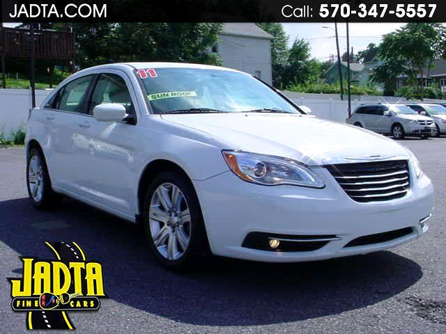 2011 Chrysler 200 4dr Sdn Touring FWD