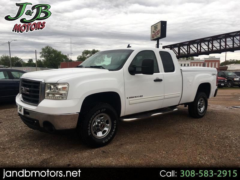 "2007 GMC Sierra 2500HD 4WD Double Cab 144.2"" SLE"