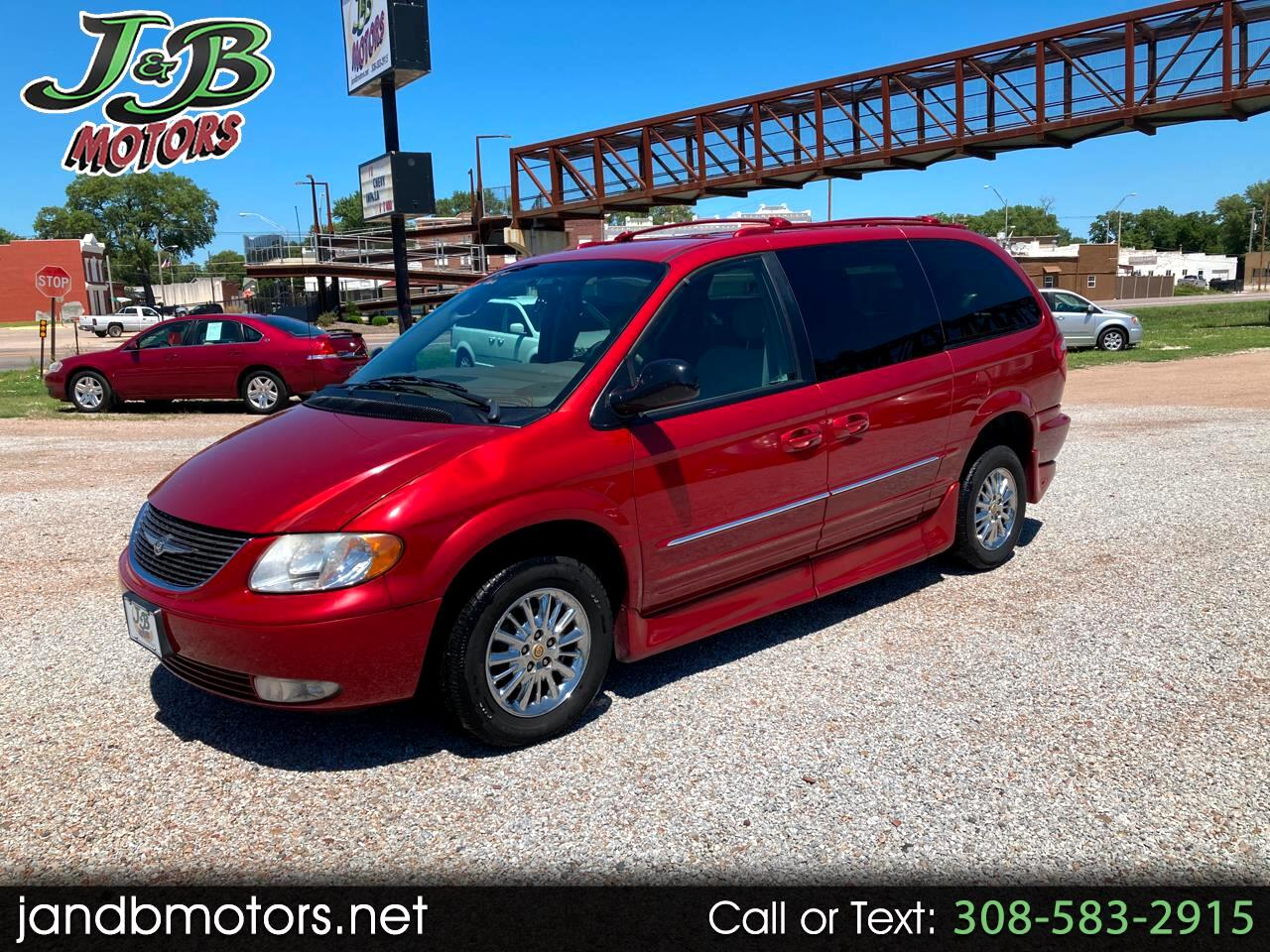 Chrysler Town & Country 4dr Limited FWD 2002