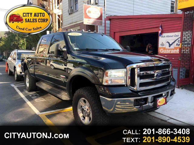 2006 Ford F-350 SD Lariat Pickup 4D 6 3/4 ft