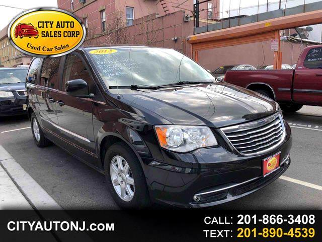 2012 Chrysler Town & Country Touring Minivan 4D