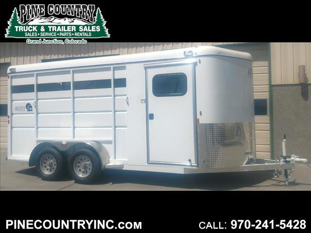 2019 CBQT MAV3HS-7K 3 Horse High Side Trailer
