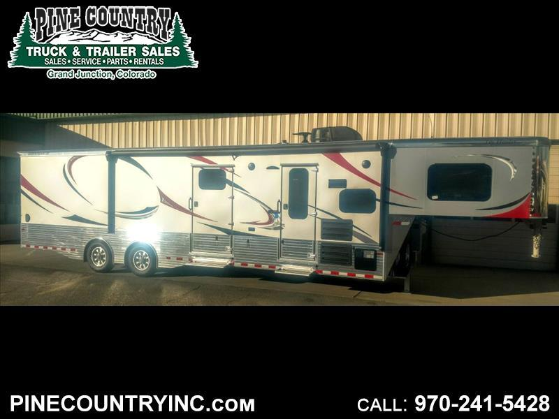 2019 Sundowner 1786GM Gooseneck Toy Hauler LQ