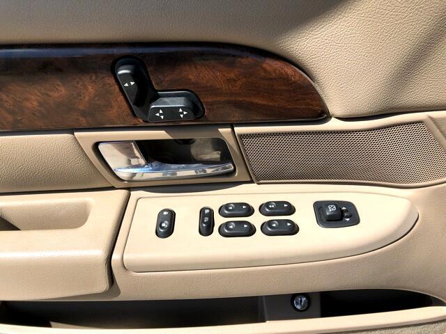 2005 Mercury Grand Marquis 4dr Sdn LS Premium