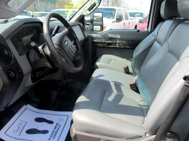2013 Ford F-550 Crew Cab DRW 2WD