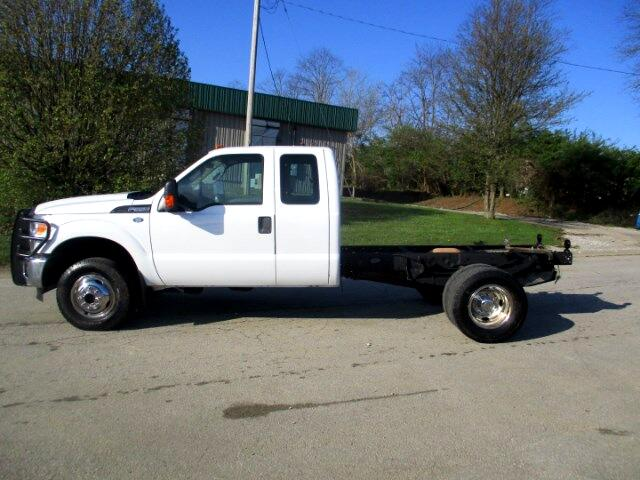 2011 Ford F-350 SD XLT SuperCab Long Bed DRW 4WD