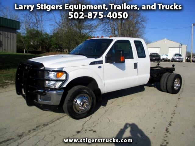 Ford F-350 SD XLT SuperCab Long Bed DRW 4WD 2011