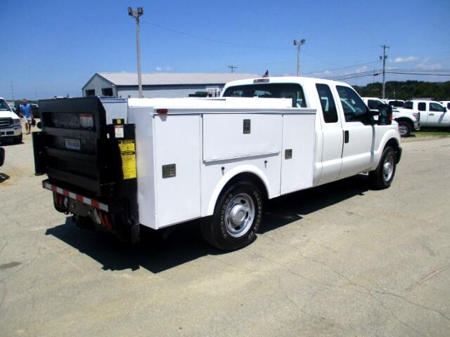 2014 Ford F-350 SD XLT SuperCab Long Bed 2WD