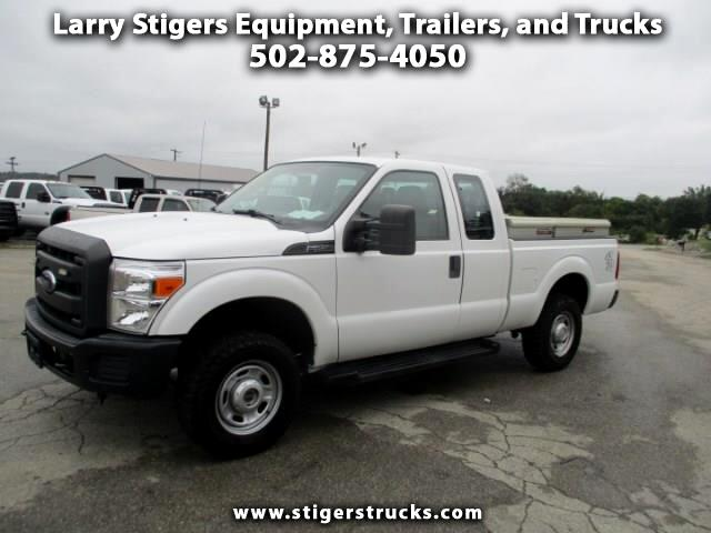 Ford F-250 SD XL SuperCab Short Bed 4WD 2012
