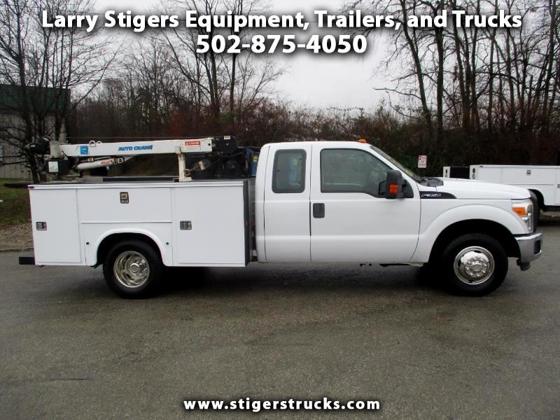 Ford F-350 SD XL SuperCab Long Bed DRW 2WD 2012