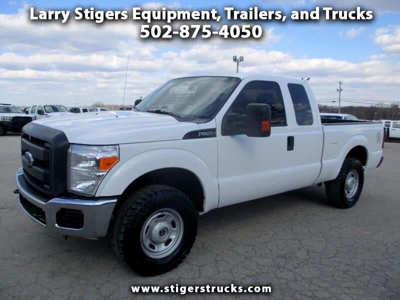 Ford F-250 SD XLT SuperCab Short Bed 4WD 2015