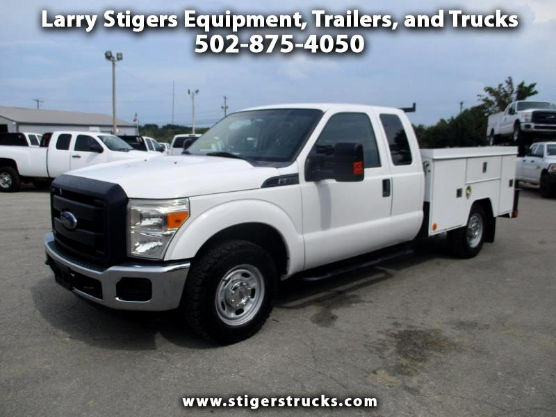 Ford F-350 SD XLT SuperCab Long Bed 2WD 2013