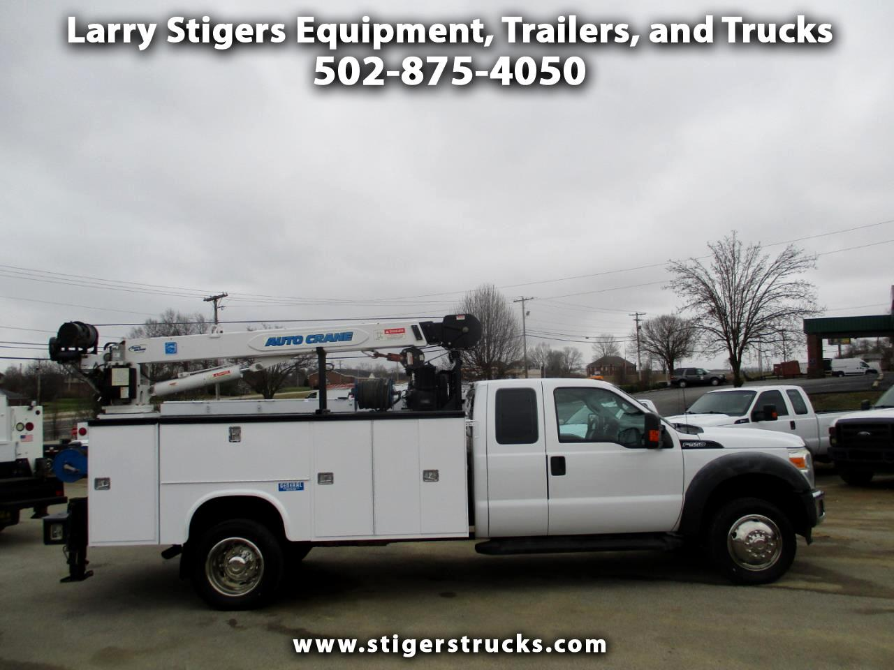 Ford F-550 SuperCab 4WD DRW 2013