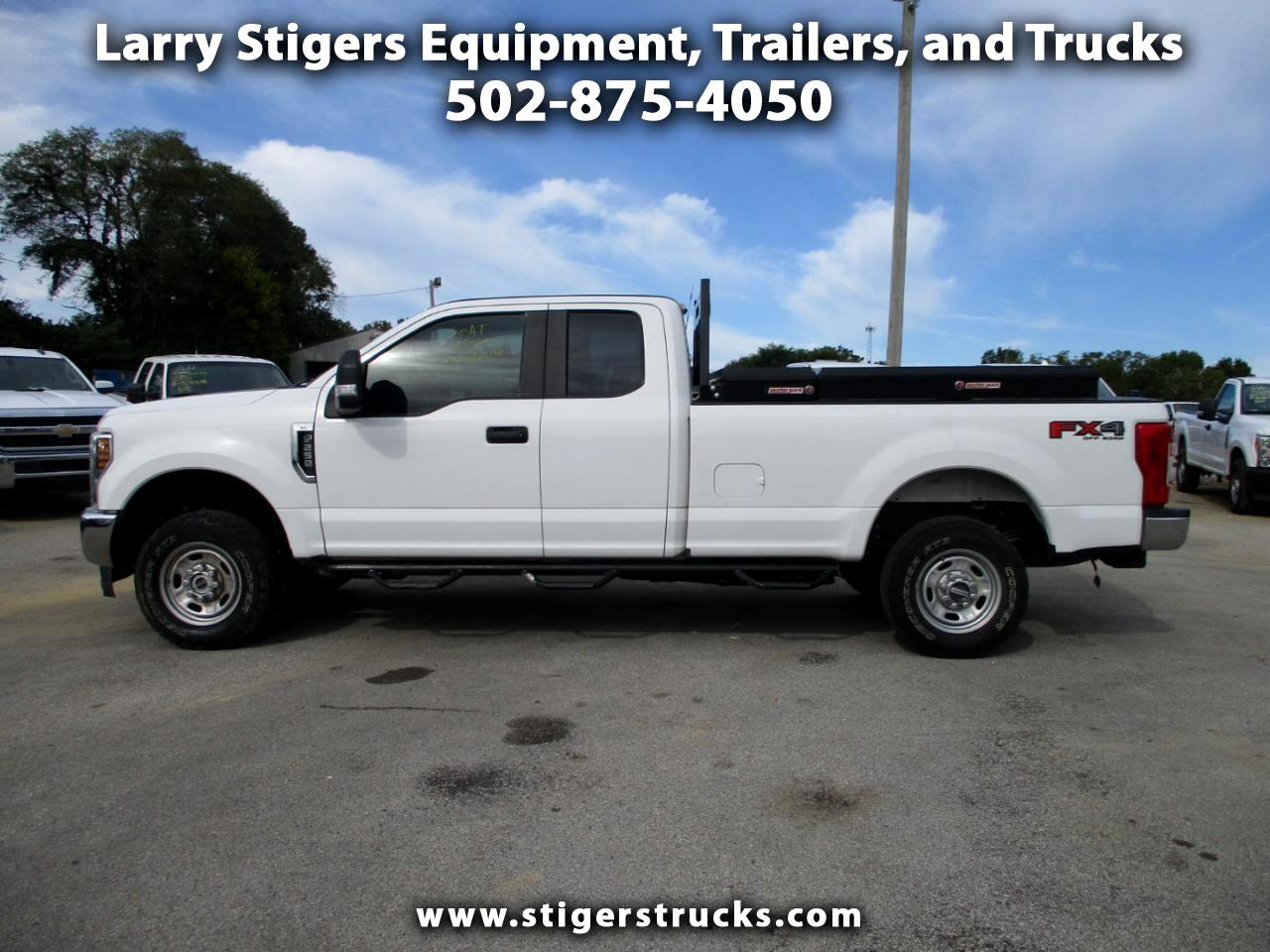 Ford F-250 SD XL SuperCab Long Bed 4WD 2019