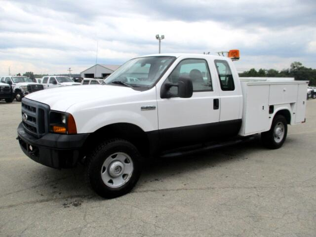 2007 Ford F-250 SD XL SuperCab Long Bed 4WD