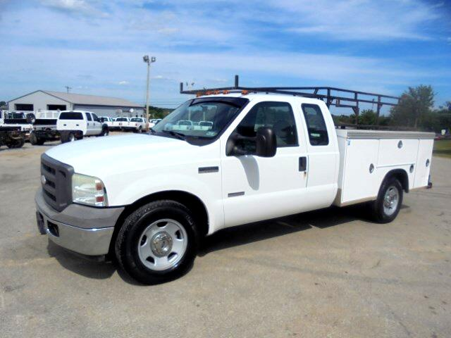 2005 Ford F-350 SD  SuperCab 2WD