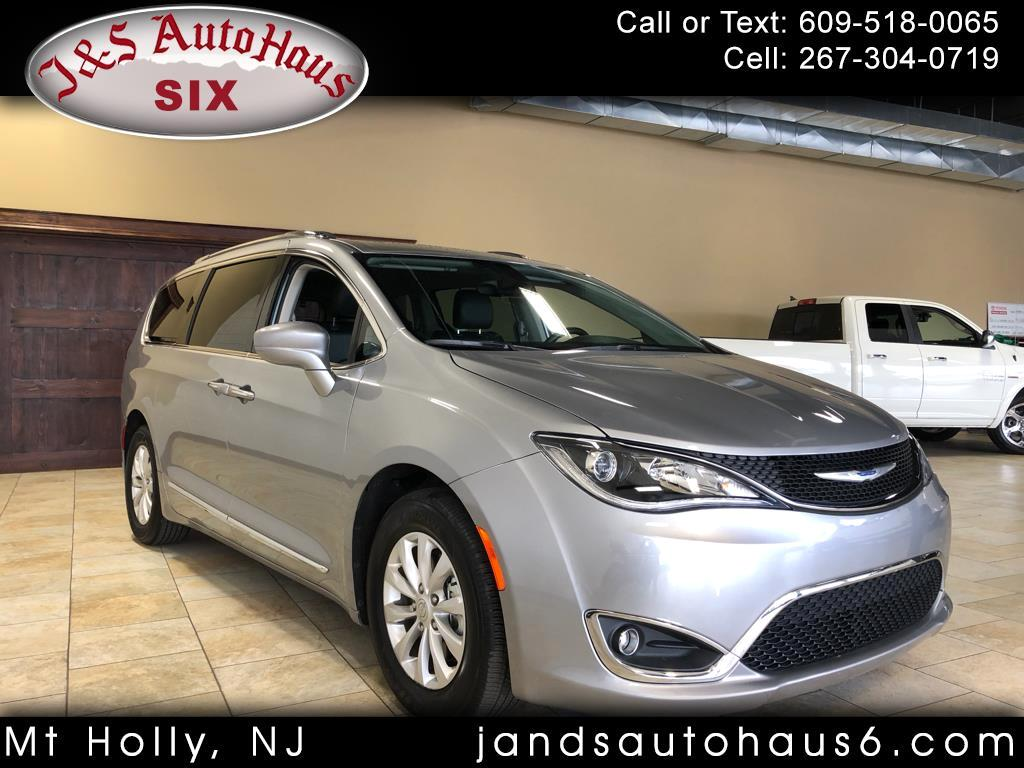 2018 Chrysler Pacifica Touring L FWD