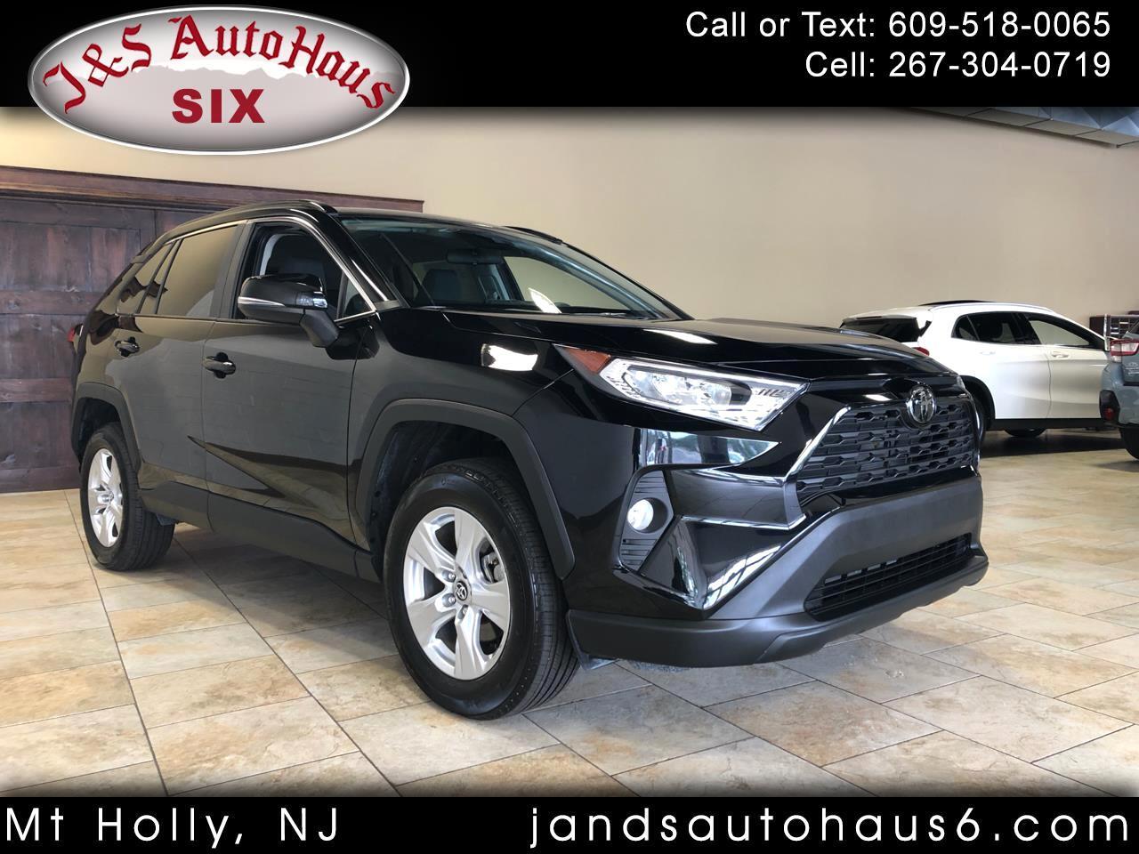 Toyota RAV4 XLE AWD (Natl) 2020