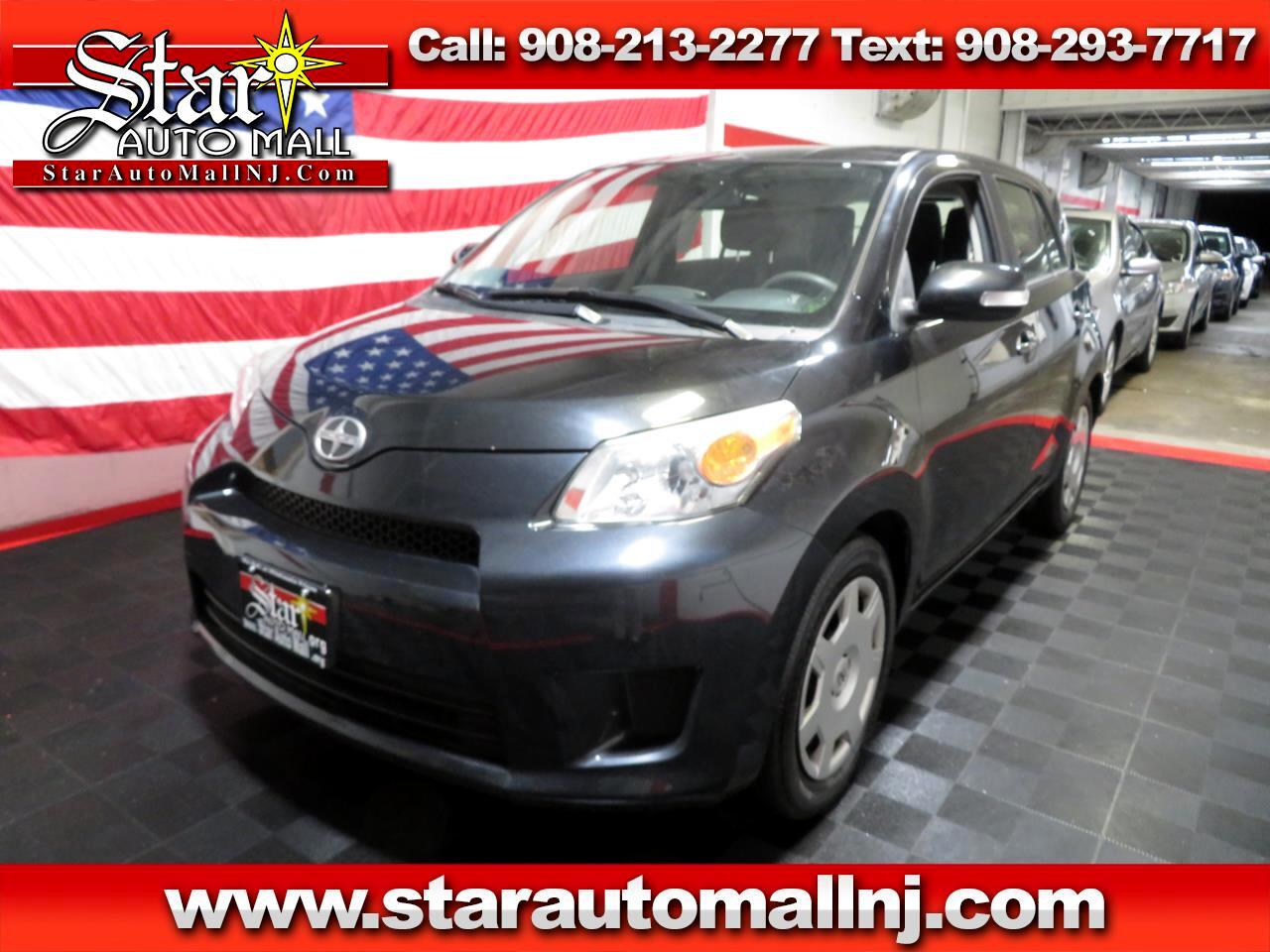 2013 Scion xD 5-Door